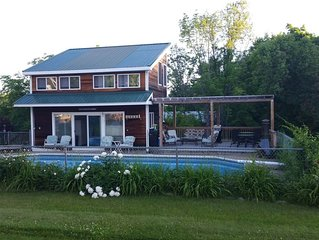 Pool Cottage, Summer Pool, Snow Mobile Trails & Skiing
