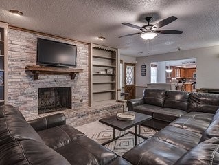 Just Like Home #1 in NW OKC for Groups & Families: POOL TABLE, 5 Cable TV's, etc