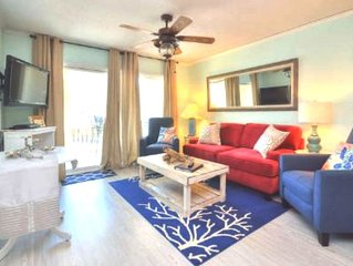 Completely Renovated & Perfectly Decorated, 2 Bdrm/2 Bath Condo w/POOL-Sleeps 8