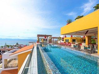 Modern and spacious condo V******* in the Romantic zone of Puerto Vallarta!