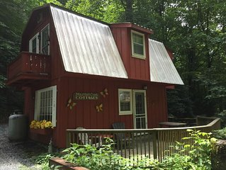 Quaint Creekside Cabin - GREAT rate!!!