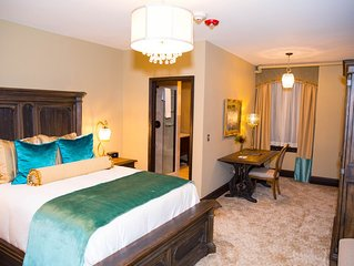 Boutique Hotel in the heart of Detroit!