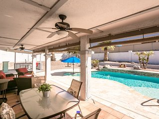 Beautiful 2-Bedroom/2-Bath with Private Pool Oasis