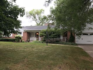Spacious Home located in Allouez