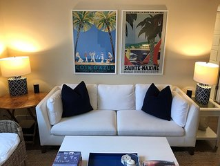 Newly Renovated 2 Bedroom Condo.  2 Blocks to the Beach or the Bay.