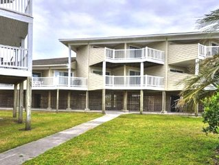 Beautiful, Oceanfront 2 Bdrm/2 Bath Condo with POOL & Ocean Views-Sleeps 7
