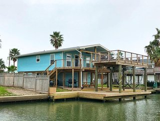 Palm Breeze Canal Home w/ Kayaks & Bicycles (Sleeps 10)