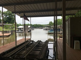 Fantastic Family & Friends WaterFront Home In Osage Beach,