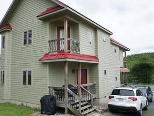 Rent for a month or longer, Brilliant 2BR 2.5BA Townhome in Davis, WV