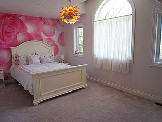 Lovely Master Bedroom w/Ensuite in 2nd floor, North York, Toronto, Females Only