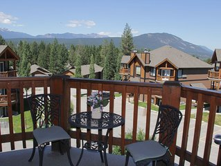 Mountain View Condo (2 bedroom/2 bathroom)