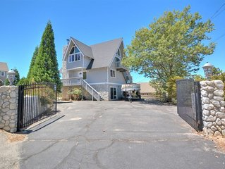 Amazing 3-Story North Lake View House on private gated lot