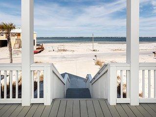 Gorgeous Beach Home, Amazing view, Private Wi-Fi, Near the beach