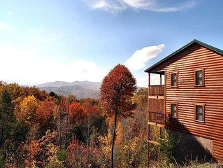 ake in incredible views in this beautifully decorated 2 BR/2 BA log chalet with