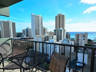 B-Waikiki Park Heights 1801 Beach Views, Free Parking, Monthly Rental