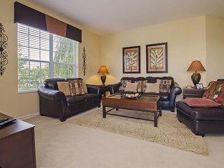 Vista Cay Luxury Lakeview 3 bedroom condo