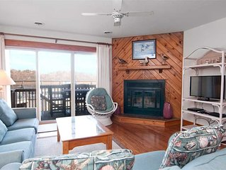 The Quay E3: Oceanfront townhome in Nags Head, community tennis courts and pool.