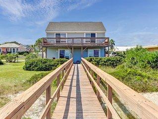 2 Bed/1.5 Bath Oceanfront Duplex, beautiful Upper deck.  Sleeps 6 & pet friendly