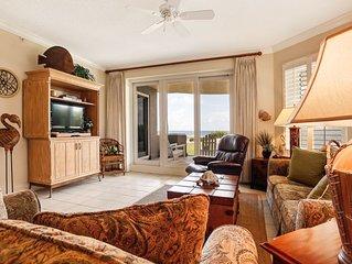 Ground floor 3 bed/3 Bath Oceanfront condo sleeps 7- Gated community, pools & te