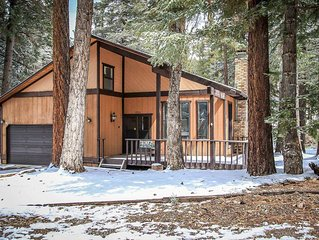 Colbert Cabin Central Fox Farm Family Chalet / HDTV / Free WiFi