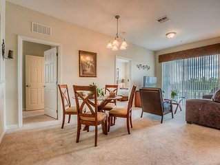 Lakeview Condo in Vista Cay, Close to Convention Center