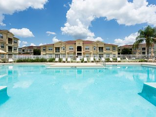 3 Bedroom Disney area condo with pool view