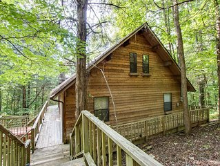 Cute Cabin In The Woods Close to Hurricane Marina - 3B/3B