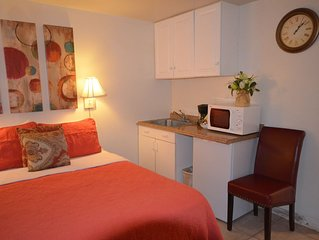 Kuhio Village 201A Private, Cozy Waikiki Studio