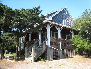 Oleander:  Classic vacation home with southern charm.