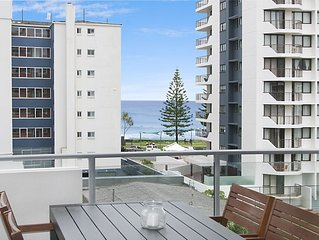 Eden Apartments Unit 502 - Luxury 2 bedroom apartment close to the beach