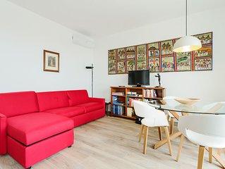 Appartamento con enorme terrazza e posto auto