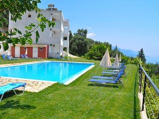 Apartments in Pelekas Beach with pool 'adonis'