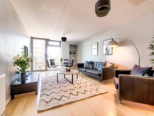 City Centre Riverview Apt with parking and Balcony - Two Bedroom Apartment, Slee