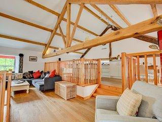 1 Beech View - Three Bedroom House, Sleeps 6