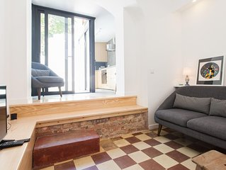 Principe Real Modern apartment in Bairro Alto with WiFi, private terrace & lift.