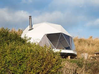 A glamping dome that sleeps 4 guests  in 0 bedrooms