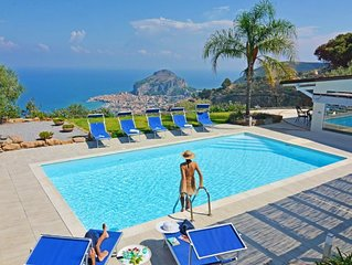 Set in the hills, with private pool and stunning views of the sea and Cefalu, pe