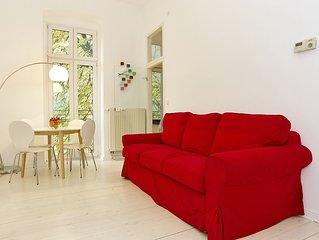 Charlottenburger apartment in Charlottenburg with WiFi.