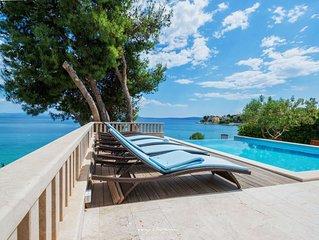 Spacious seaside villa near Trogir