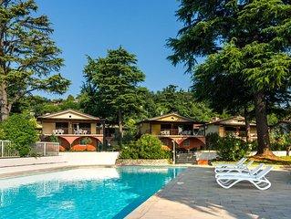 Serene Apartment in Manerba del Garda with Pool