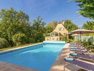 Beautiful Villa with Private Pool in Masclat