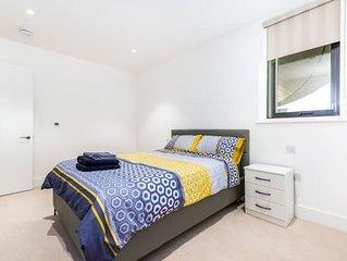 Stunning Modern London Apartment (57E)