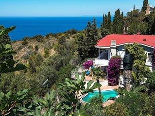 Villa Cacciarella with breathtaking sea views