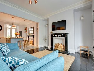 Weston Terrace - Four Bedroom House, Sleeps 10