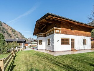 Spacious Holiday Home in Rauris near Ski Area