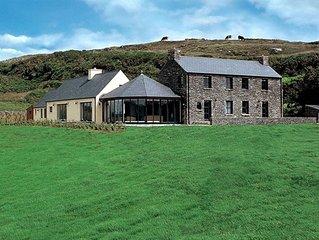 Ballyvonane Luxury House, Durrus, Co.Cork - 6 Bed - Sleeps 12