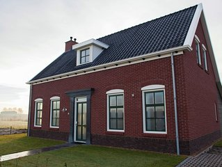 Detached villa in the Oosterschelde National Park