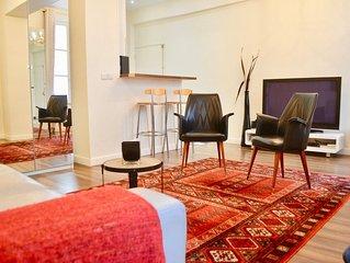 1 Bedroom Flat In Central Marais