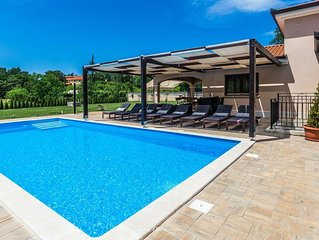 Lovely family villa with private pool near Rovinj