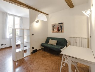 Warm and cosy 1 bedroom in Bologna historic centre